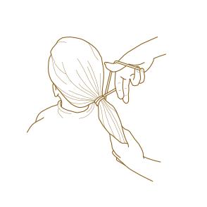 VÝKUP VLASOV - Ako správne odstrihnúť vlasy - Cop musí byť naozaj pevne zagumičkovaný viacerými nešmykľavými gumičkami.